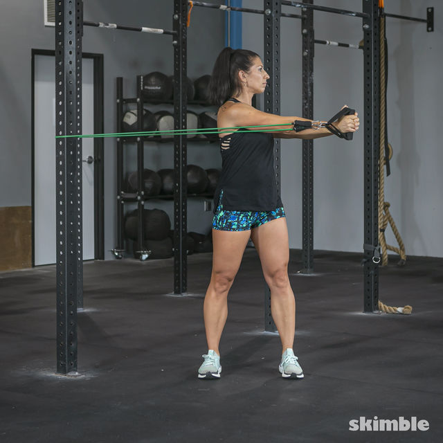 How to do: Torso Twist with Band - Step 3
