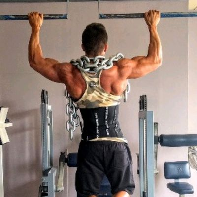 Pull Ups With Chains