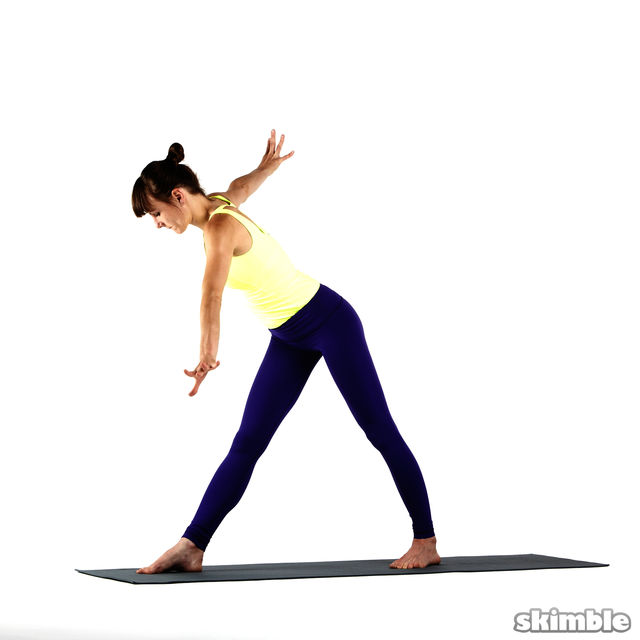 How to do: Right Twisting Triangle - Step 2