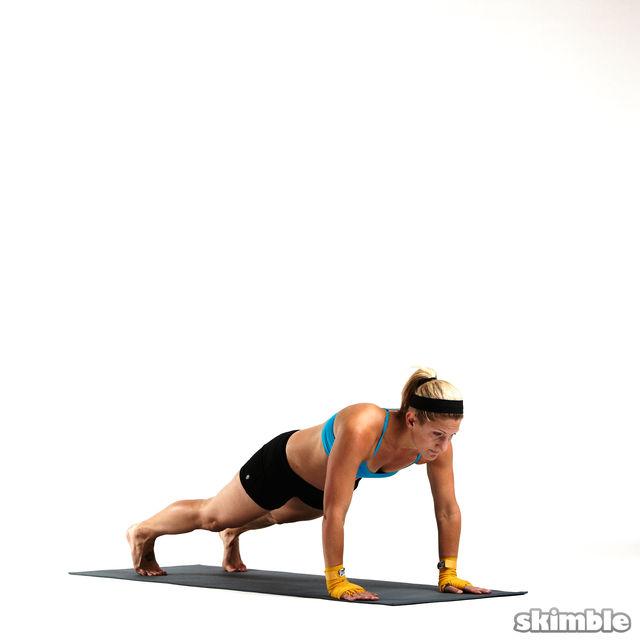 How to do: Sprawl and Knee Tucks - Step 5