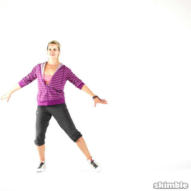 How to do: Side Hop and Clap - Step 6