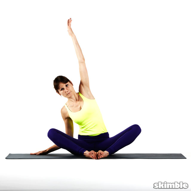 How to do: Seated Moon Stretch - Step 4