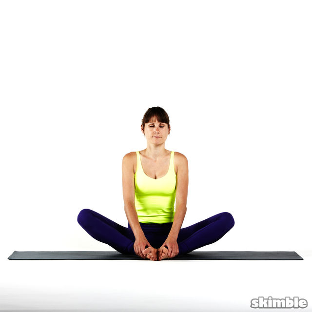 How to do: Seated Moon Stretch - Step 8