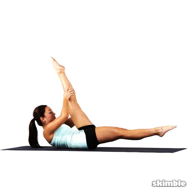 How to do: Pilates Scissors - Step 3