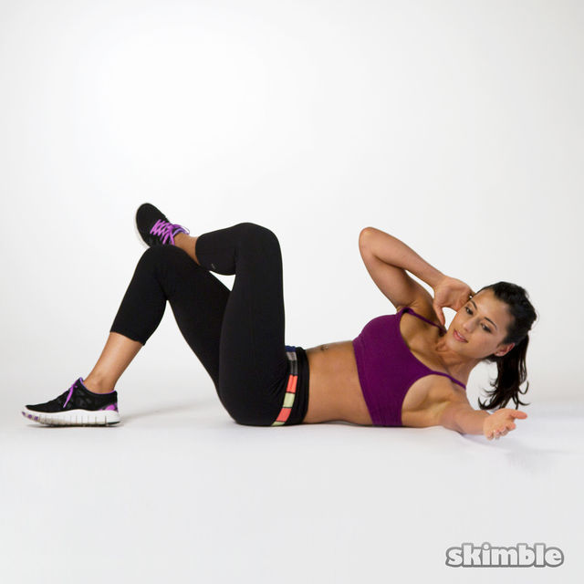 How to do: Right Oblique Crunches - Step 2