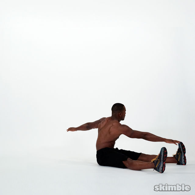 How to do: Wide Leg Sit-Ups - Step 6