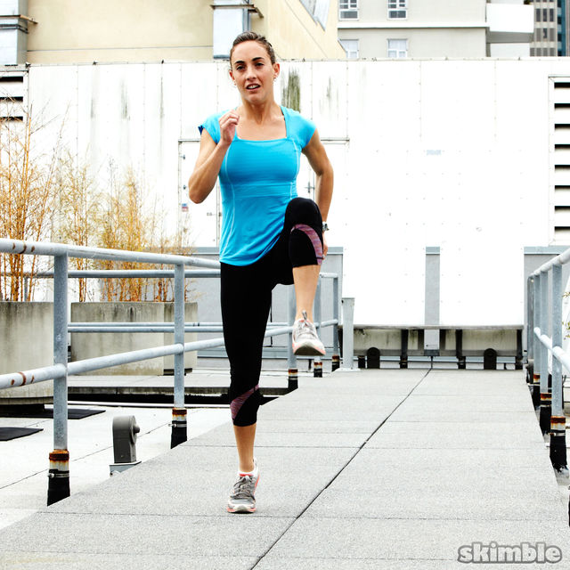 How to do: Runners Walking Lunges - Step 5