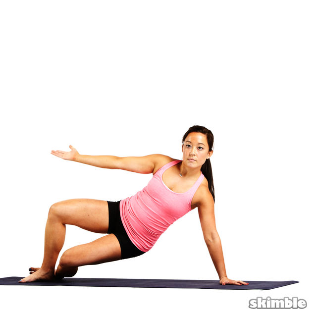 How to do: Pilates Left Side Bends - Step 2