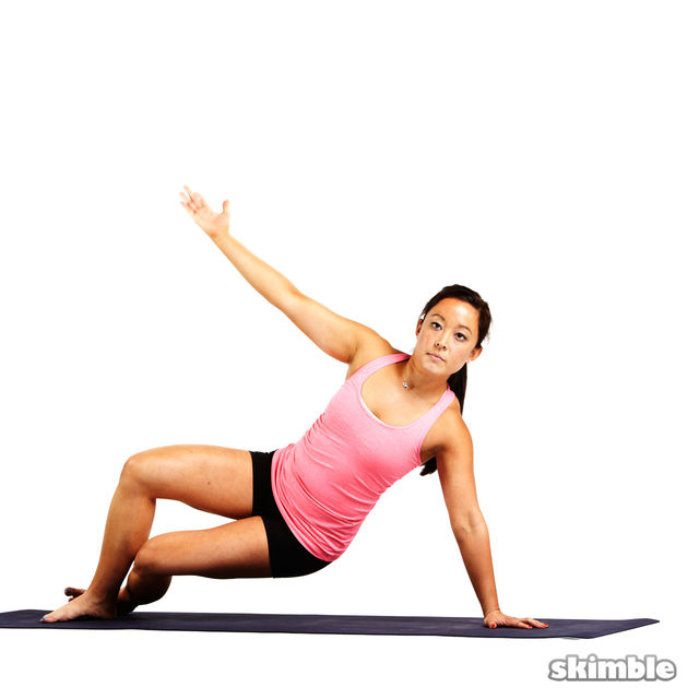 How to do: Pilates Left Side Bends - Step 4