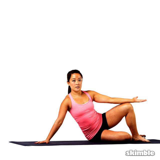 How to do: Pilates Right Side Bends - Step 3