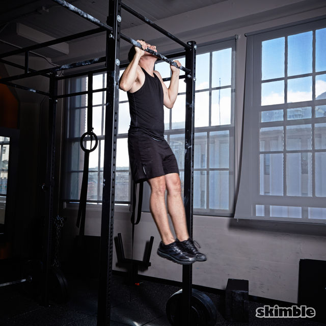 How to do: Kipping Pull-Ups - Step 5
