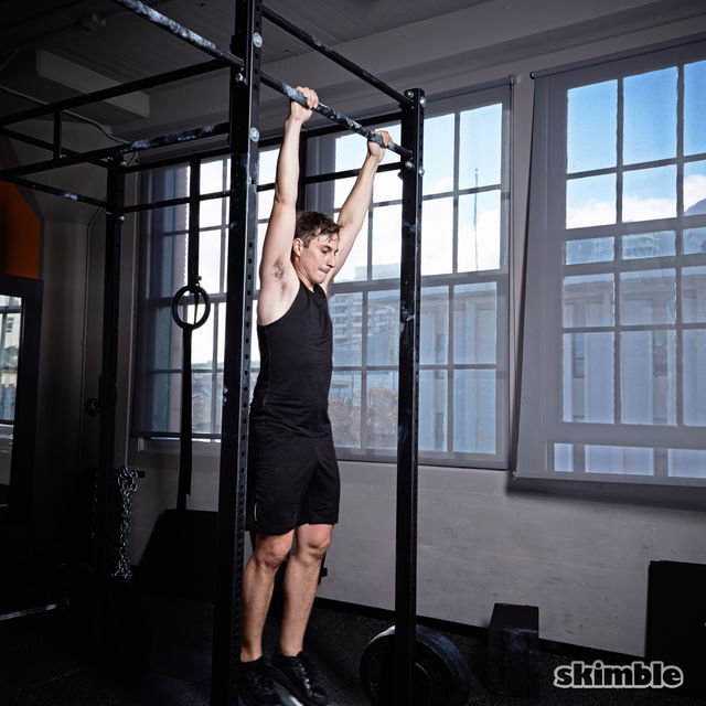 How to do: Kipping Pull-Ups - Step 6