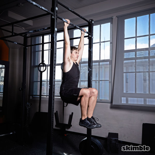 How to do: Kipping Pull-Ups - Step 3