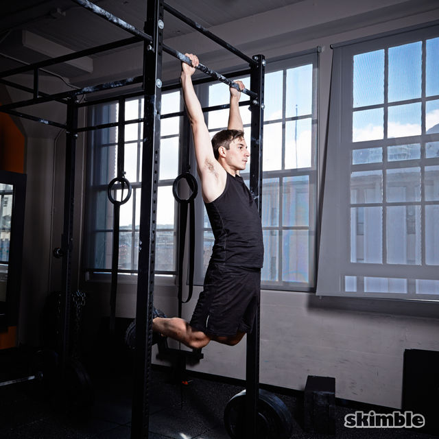 How to do: Kipping Pull-Ups - Step 2