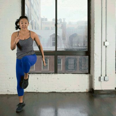 Lateral Lunge To Knee Drive
