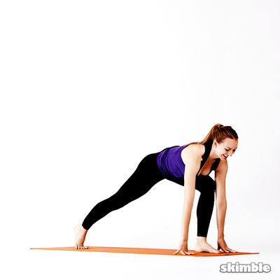 Left Lunge Easy Twist