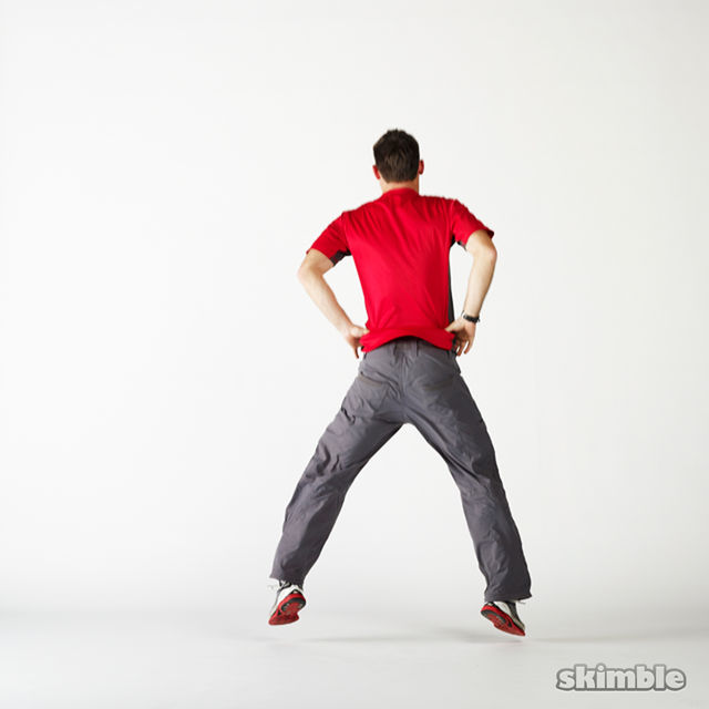 How to do: Squat Hops with a Quarter Turn - Step 5