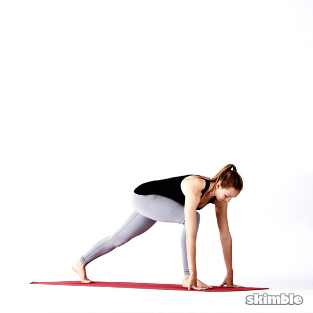How to do: Right Standing Split - Step 6