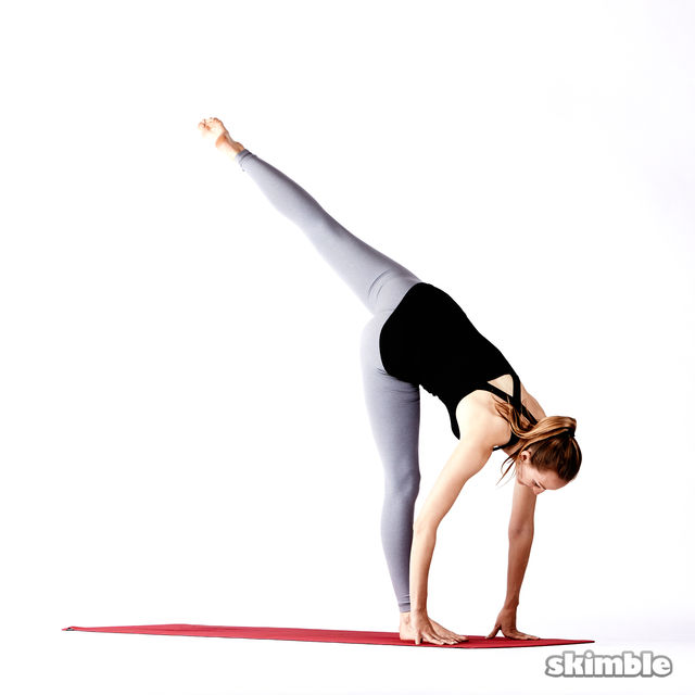 How to do: Right Standing Split - Step 7