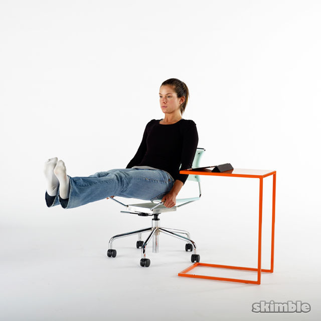 How to do: Seated Bicycle Crunches - Step 2