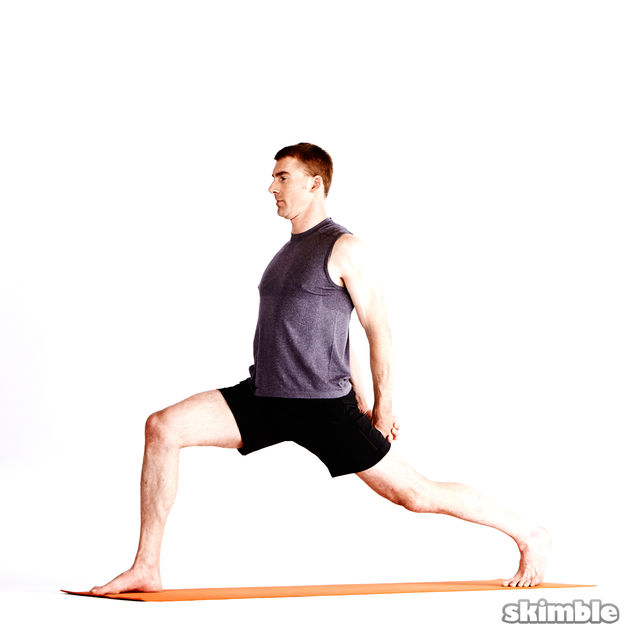 How to do: Right High Lunge with Clasped Hands - Step 2
