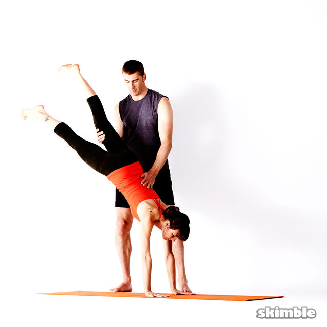 How to do: Assisted Handstand - Step 3