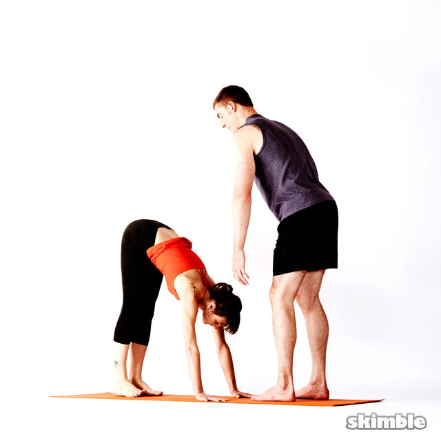 How to do: Advanced Assisted Handstand - Step 1