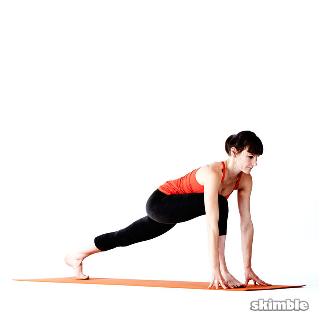 How to do: Right High Lunge Sidebend - Step 1