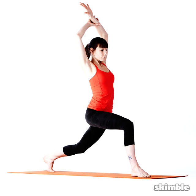 How to do: Right High Lunge Sidebend - Step 3