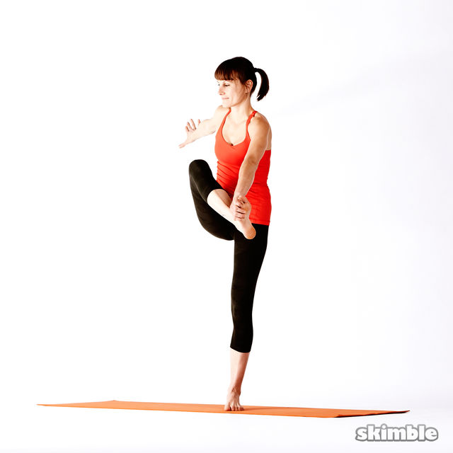 How to do: Right Extended Hand-To-Big-Toe Sequence - Step 8