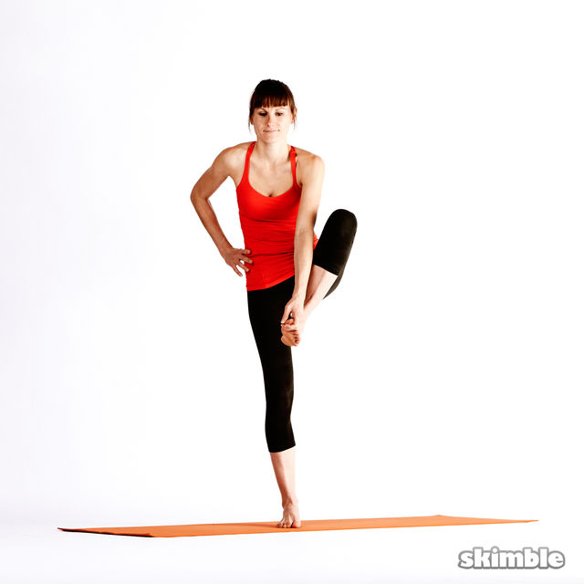 How to do: Left Extended Hand-To-Big-Toe Sequence - Step 2