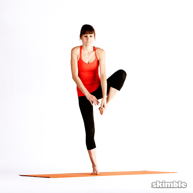 How to do: Left Extended Hand-To-Big-Toe Sequence - Step 6