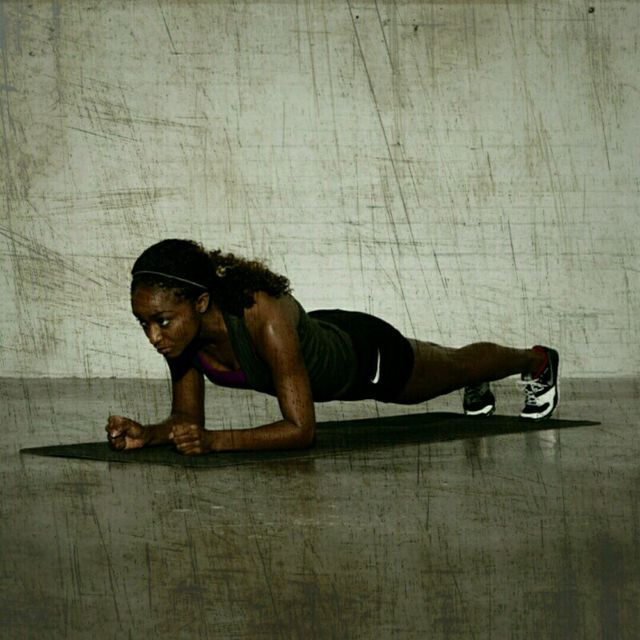How to do: Plank Walker - Step 3