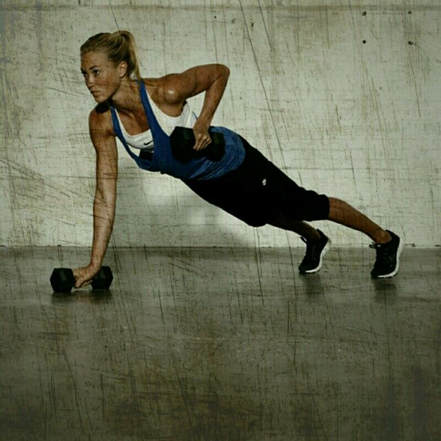 How to do: Push-Up Plank Rows - Step 3