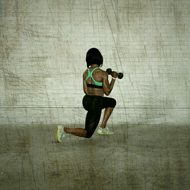How to do: Transverse Lunge Press - Step 2