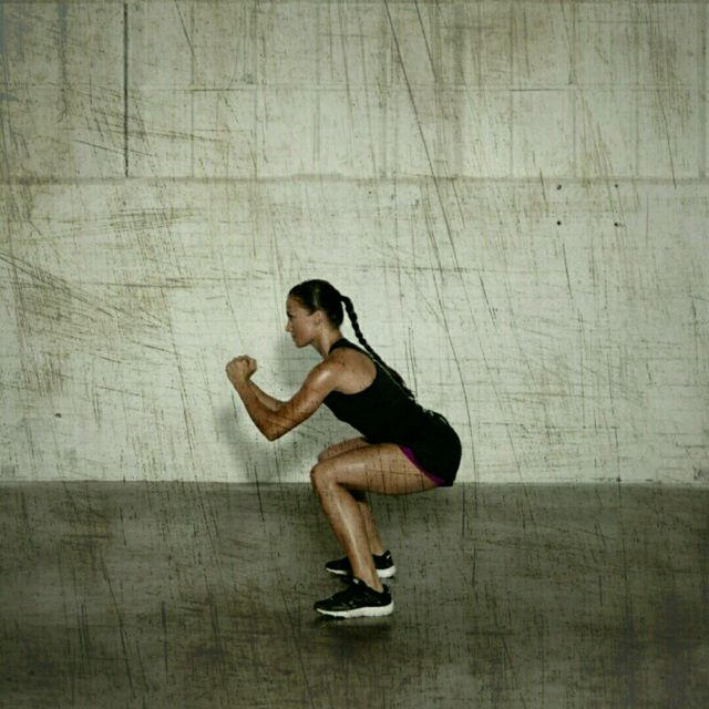 How to do: 180 Degree Squat Flips - Step 4