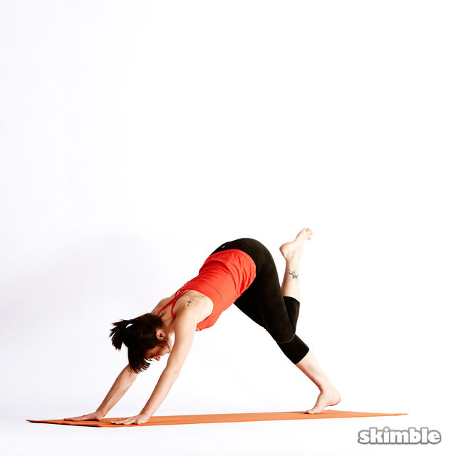 How to do: Left Knee to Chest - Step 4