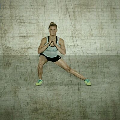 Bodyweight Lateral Squats