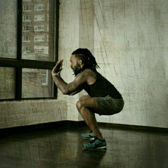 How to do: Plyo Squat Thrusters - Step 3