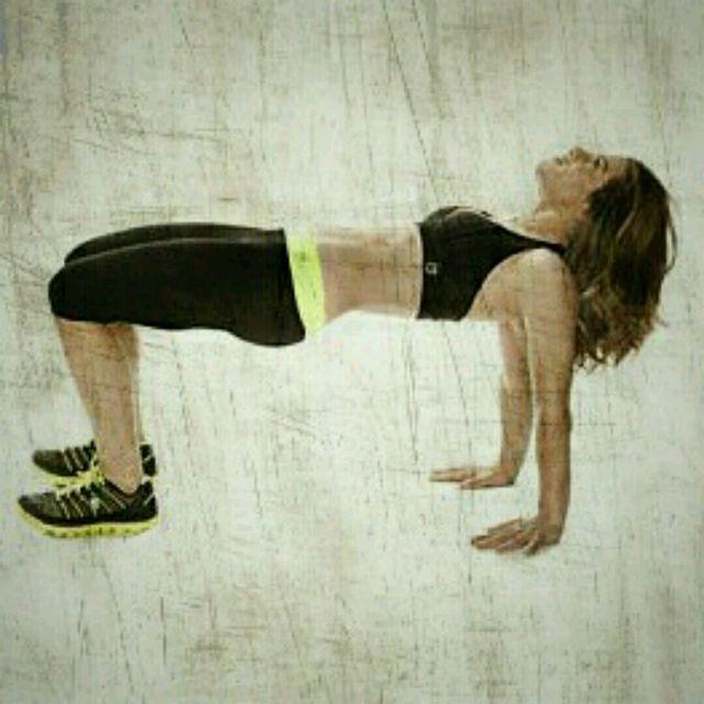 How to do: Hip Heist Push-Up - Step 3