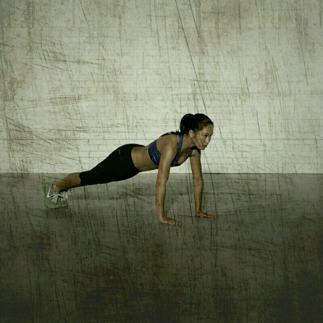 How to do: Royal Burpee - Step 5