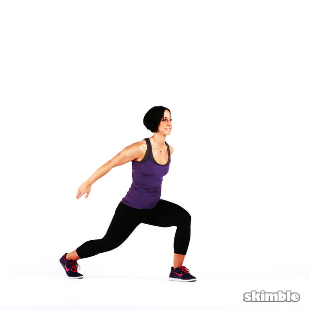 How to do: Back Lunge Kick Jump Switch - Step 3