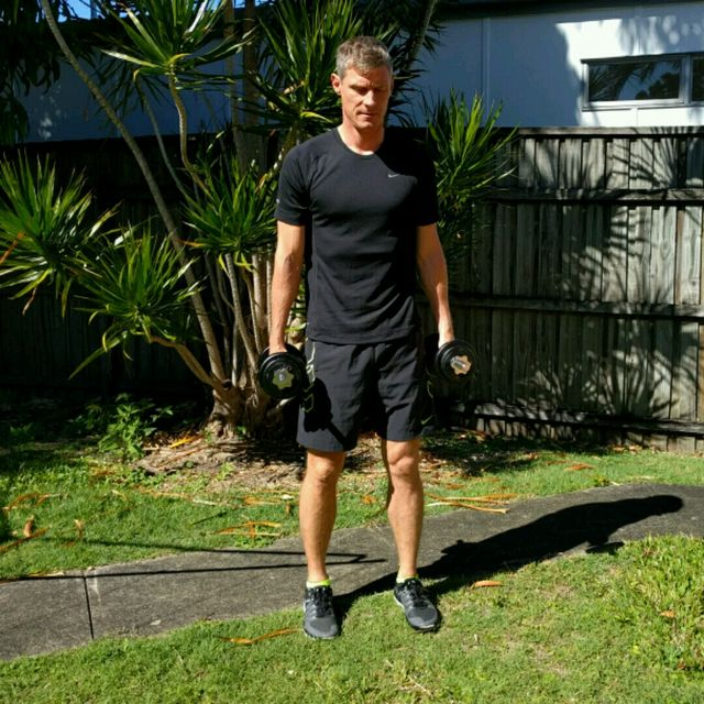 How to do: Squat Curl Press - Step 2