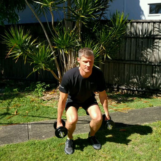 How to do: Squat Upright Row - Step 2