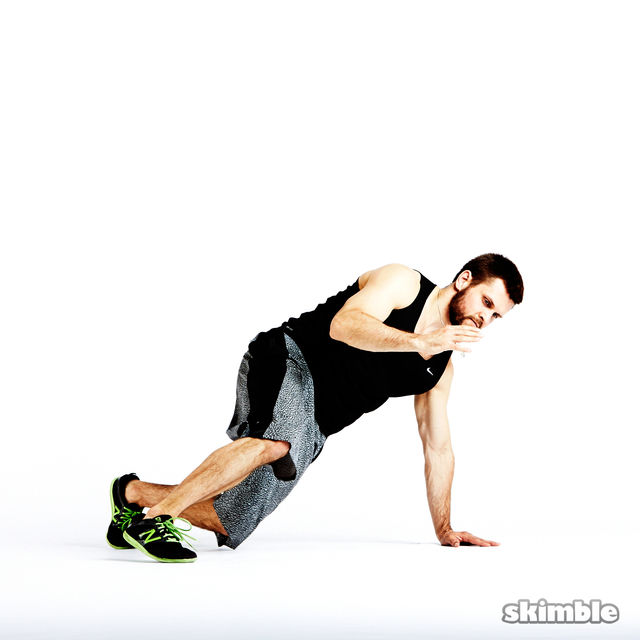 How to do: Breakdance Single Arm Mountain Climbers - Step 2