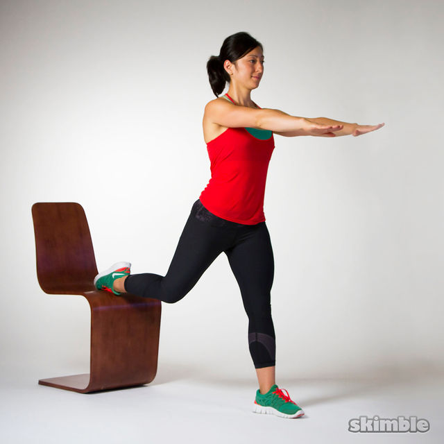 How to do: Bulgarian Split Squats - Step 1
