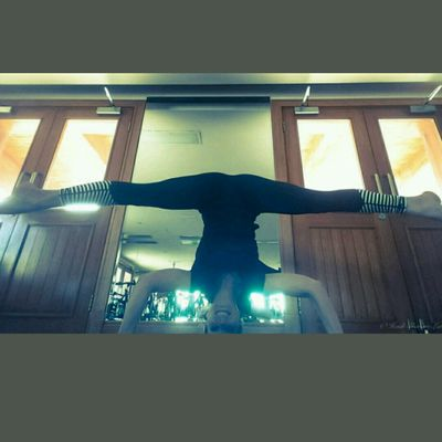 Tripod Headstand Split
