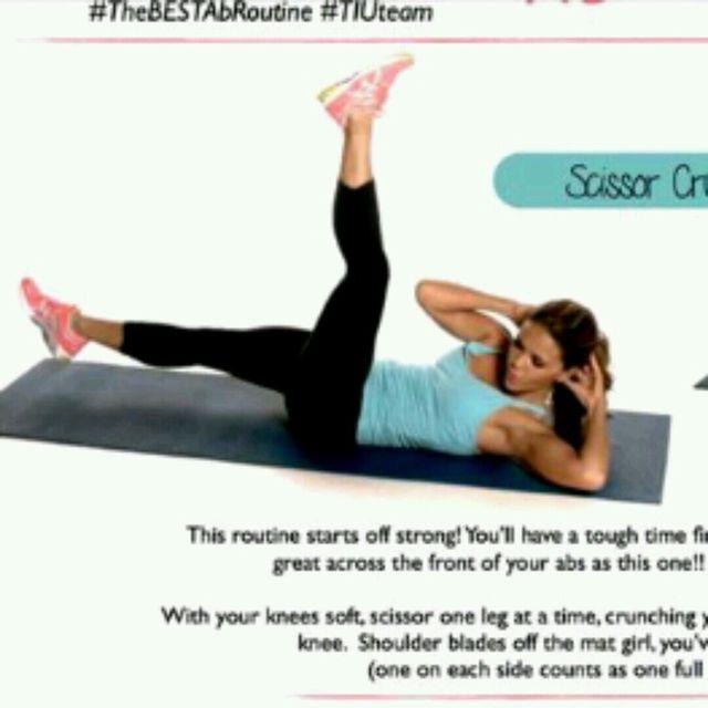 How to do: Scissor Crunch - Step 1
