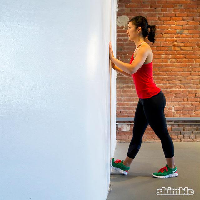 How to do: Wall Calf Stretches - Step 3