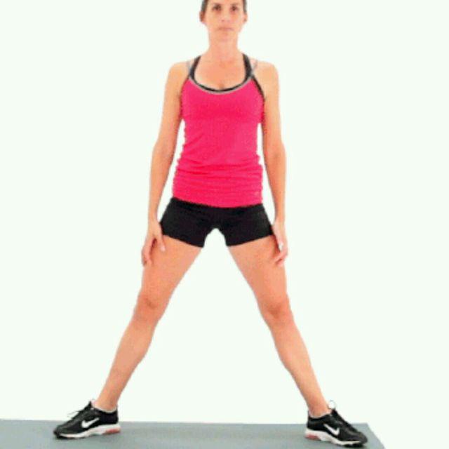 How to do: Sumo Squat - Step 1